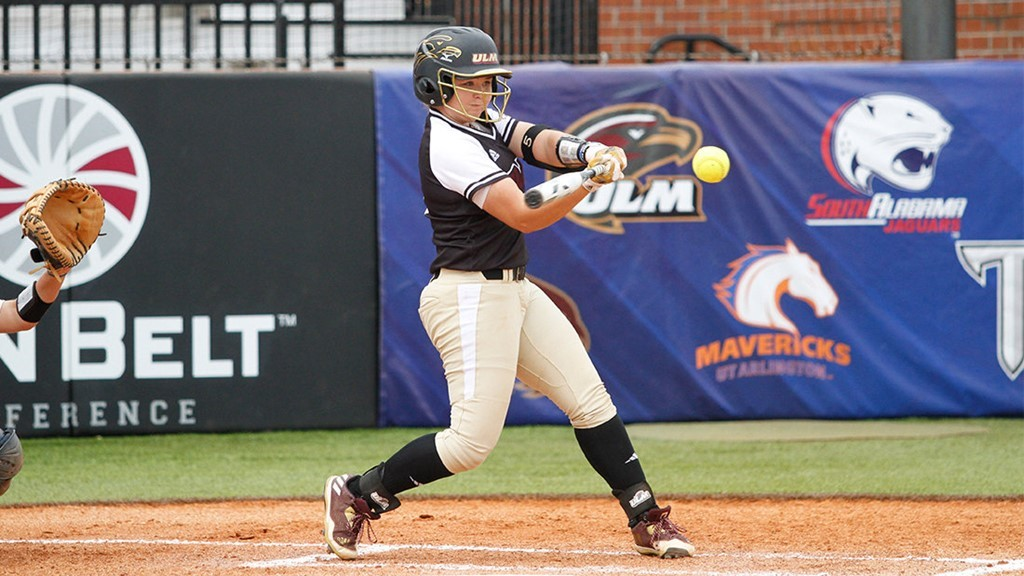 Softball Headed To Tennessee For Blues City Classic University Of
